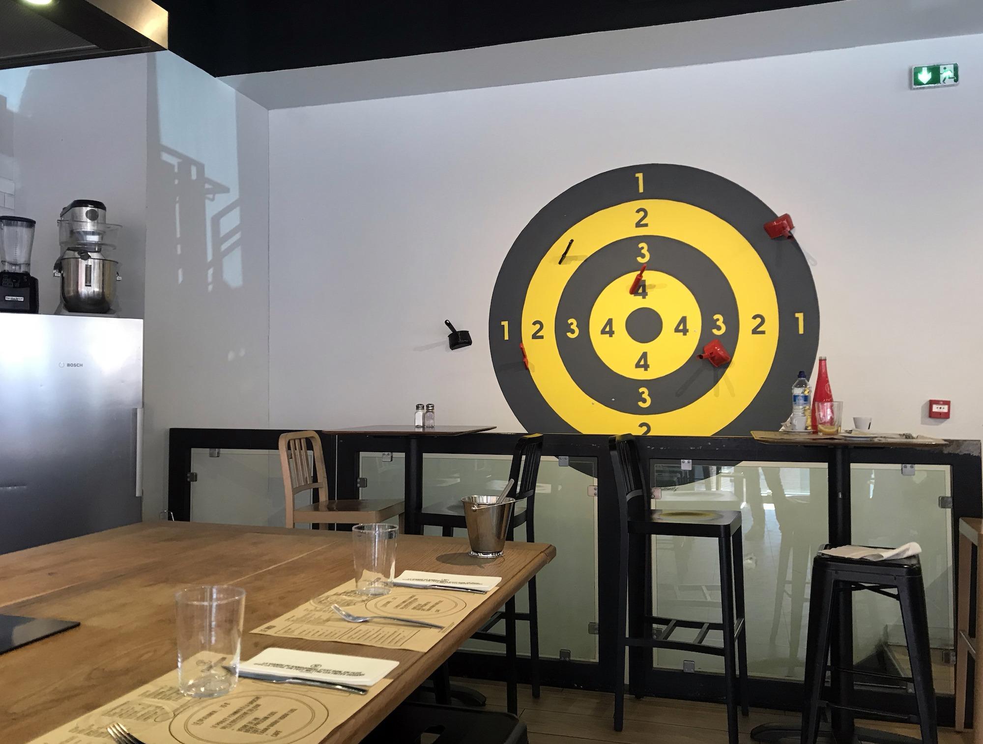 01-decoration-restaurant-peinture