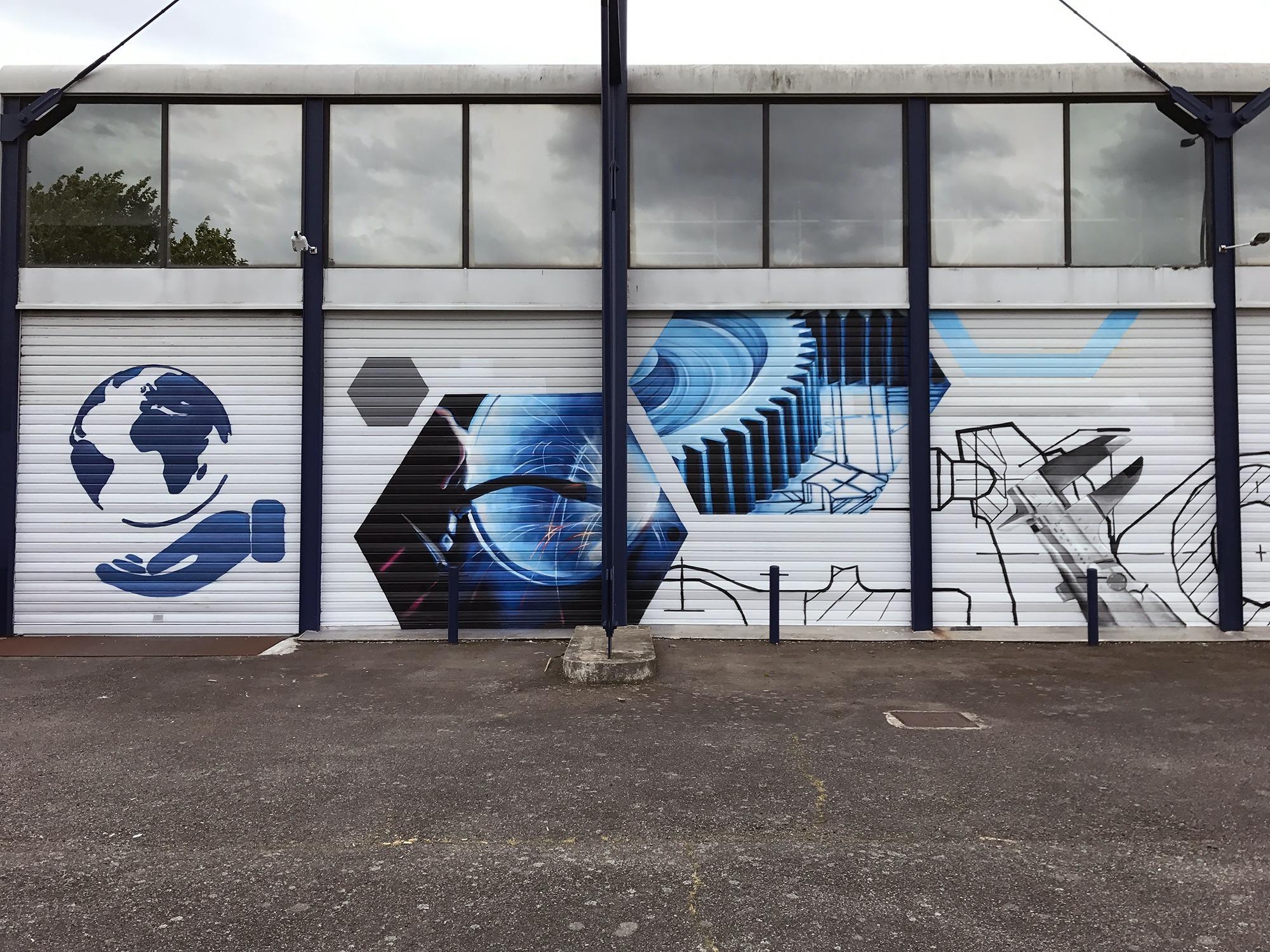 Fresque-Aeronautique-innovation-decoration-facade