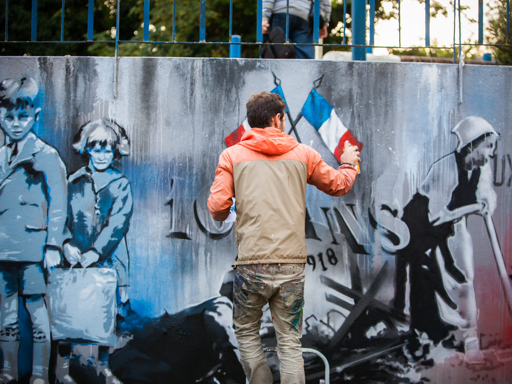 artiste-graffeur-toulouse-fresque-guerre-mondiale