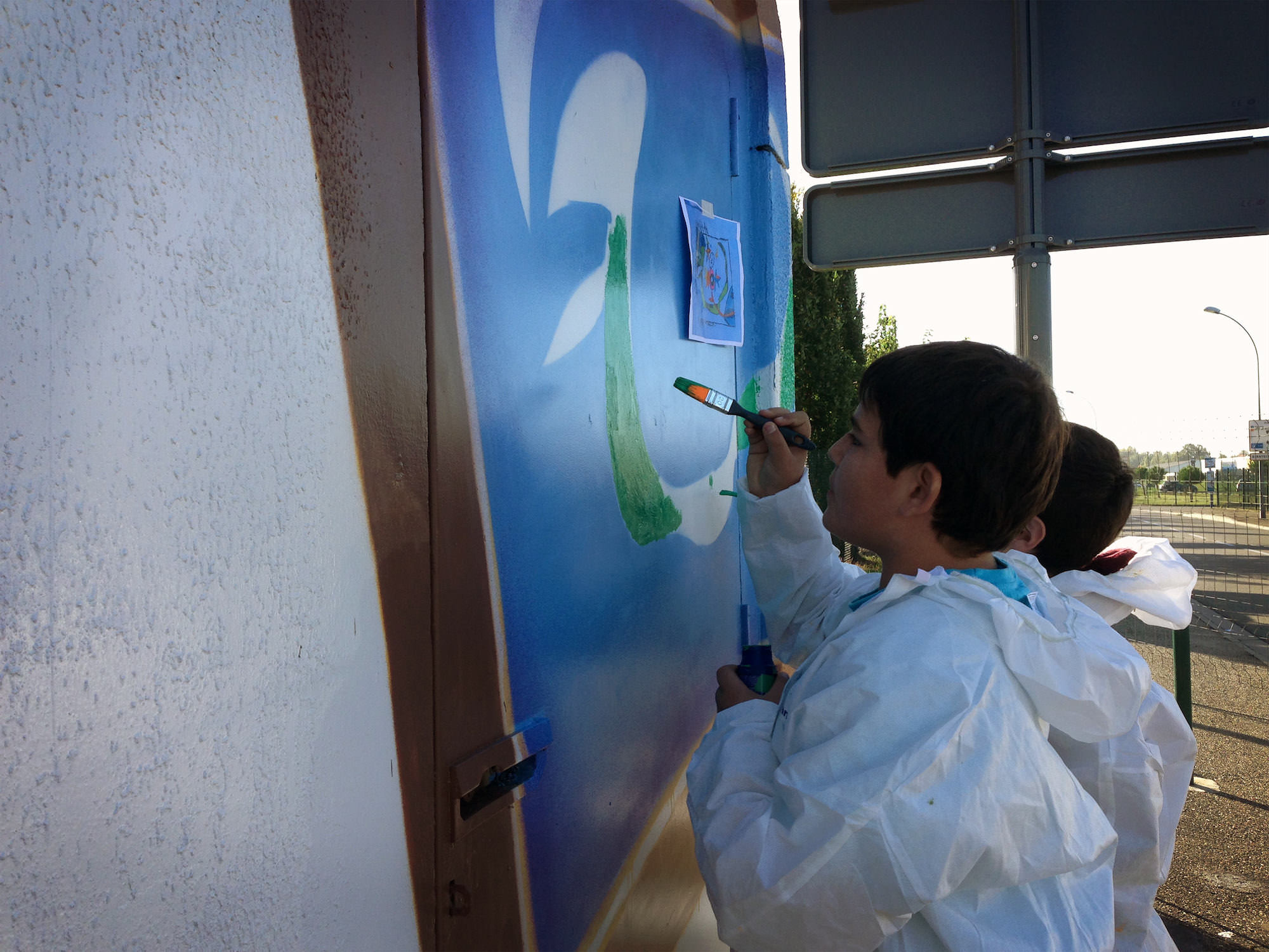 chantier-jeunes-poste-electrique-atelier-graffiti-graffeur-professionnel
