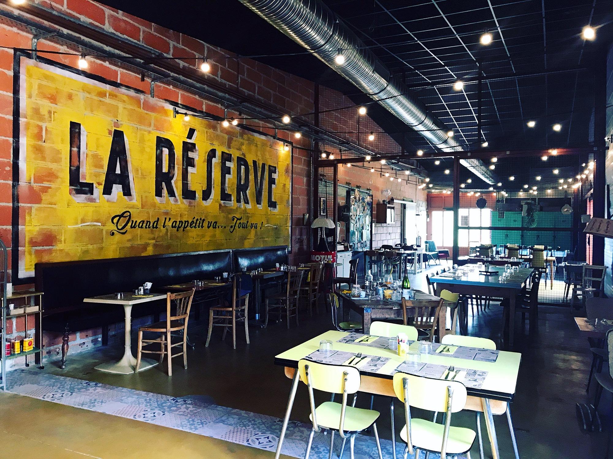 decoration-restaurant-graffiti-fresque-vintage