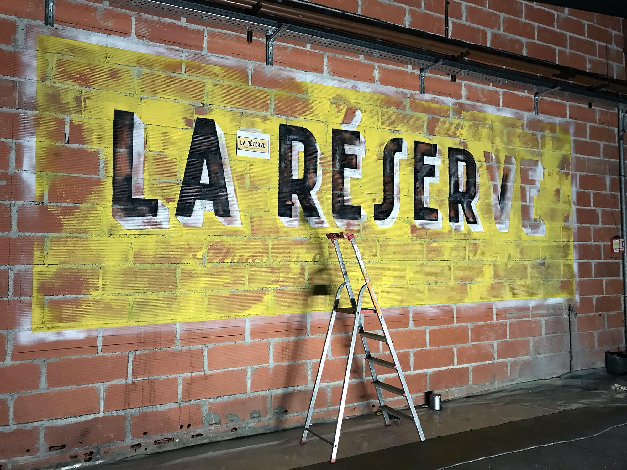 fresque-restaurant-graffiti-enseigne-publicite-ancienne
