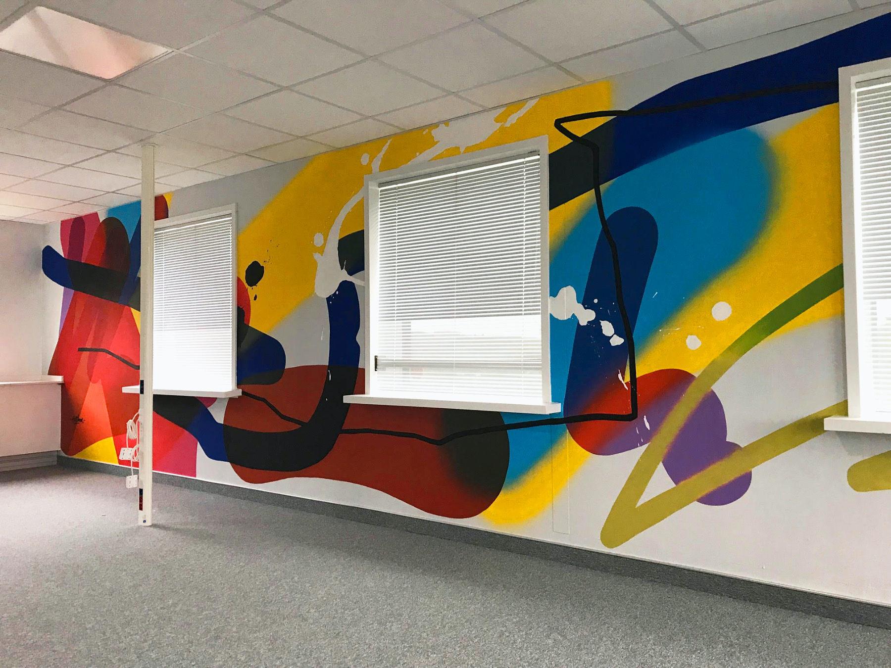 graphic_wall_decor_office_graffiti