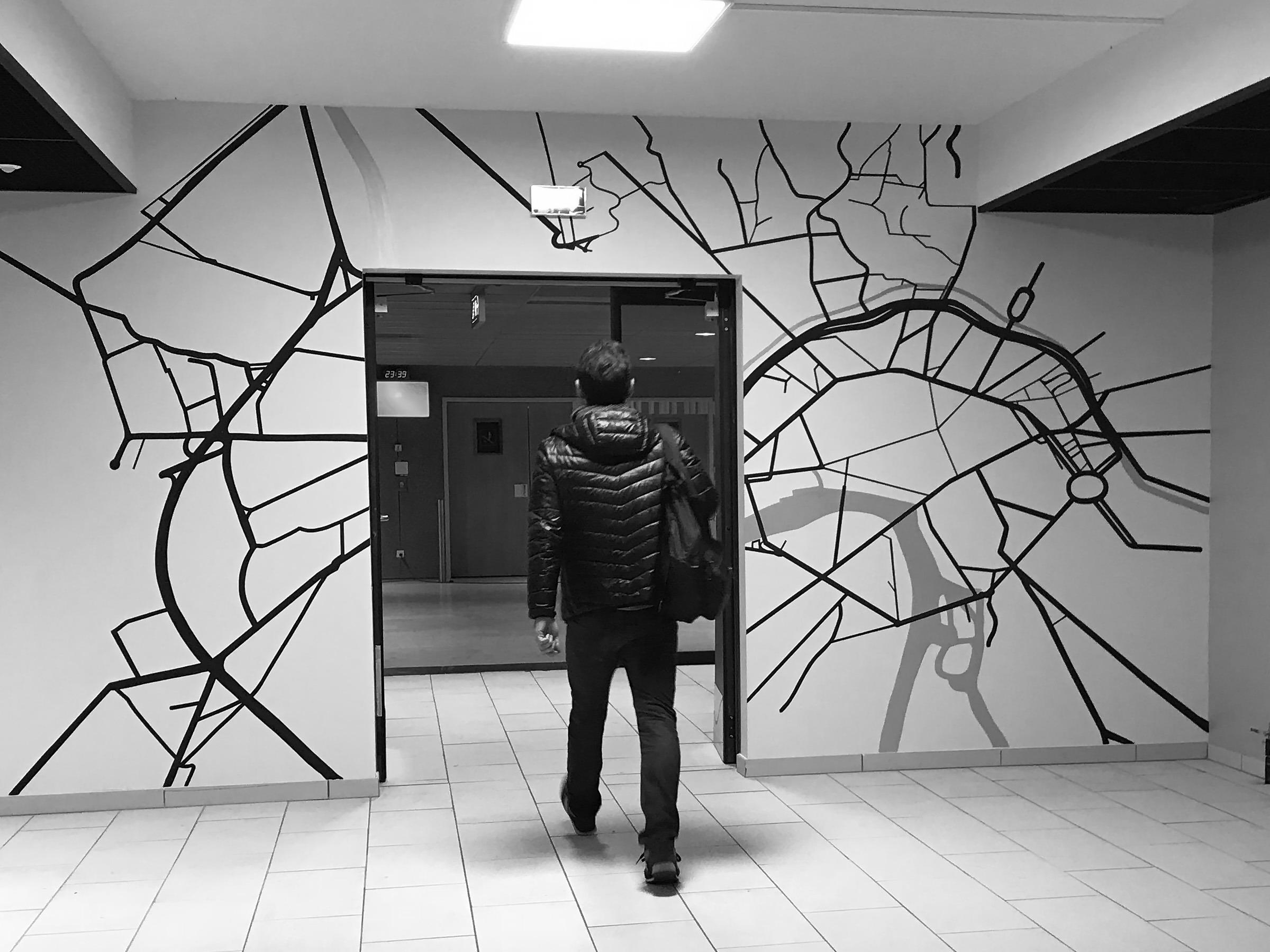 lines-mural-peinture-moderne-decor