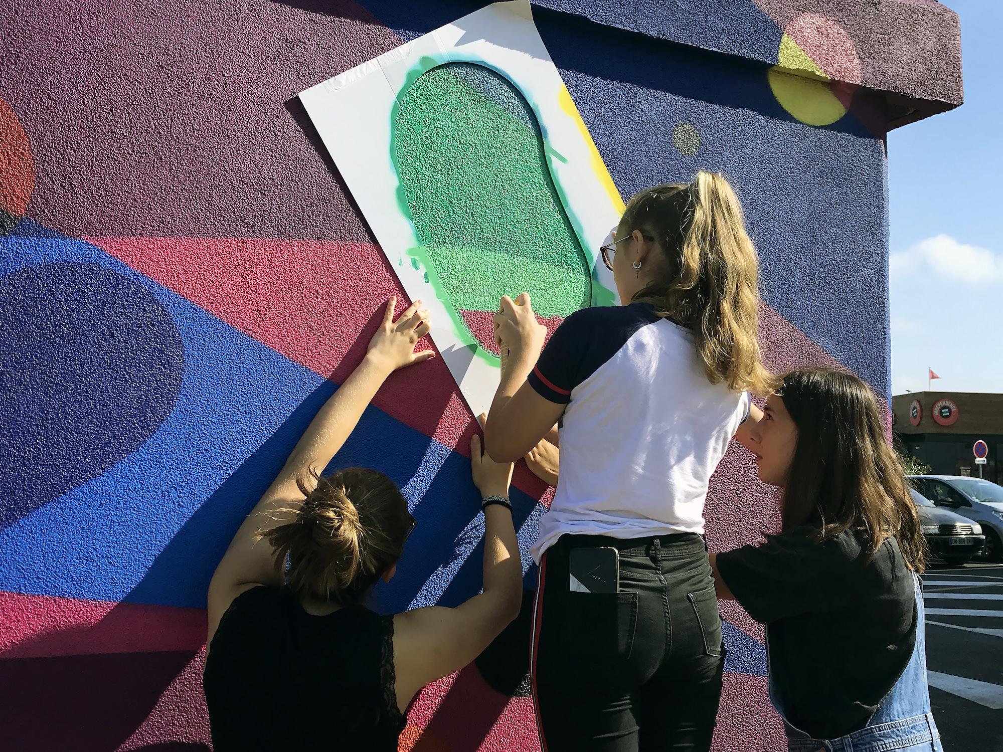 ateliers jeunes enfant graffiti graff tagueur professionnel