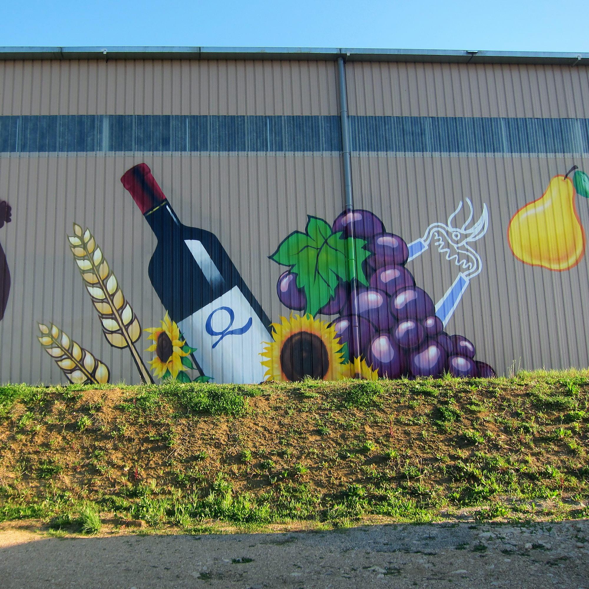 cuma fresque decoration cooperative agricole saint julien tarnetgaronne fresque batiment