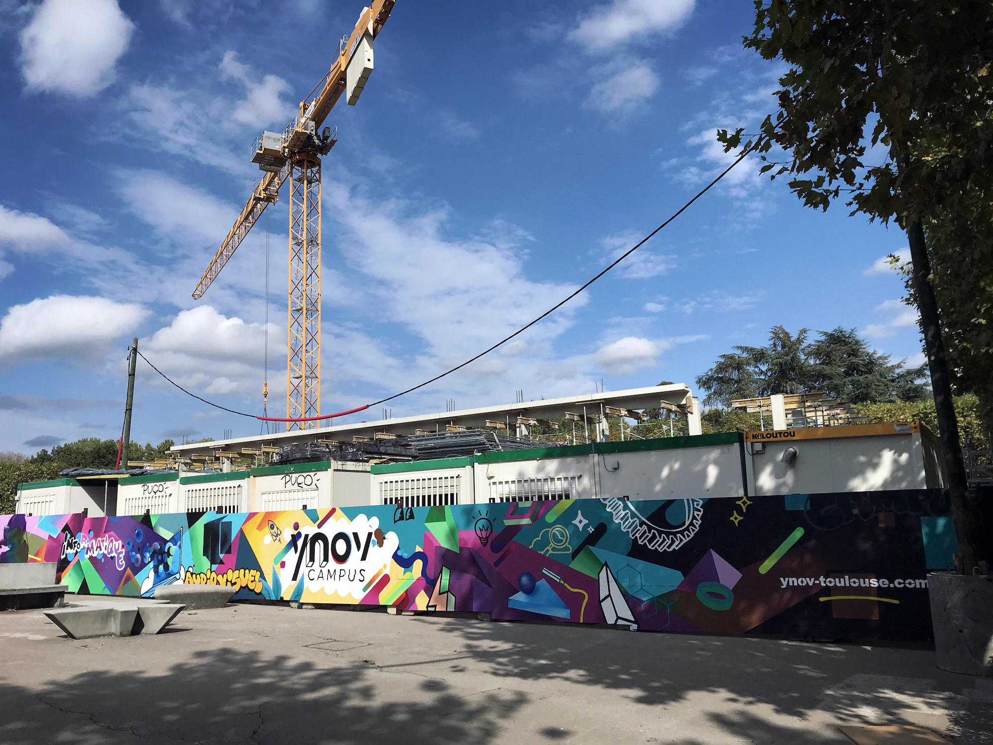 fresque palissade chantier graffeur graff streetart toulouse metropole