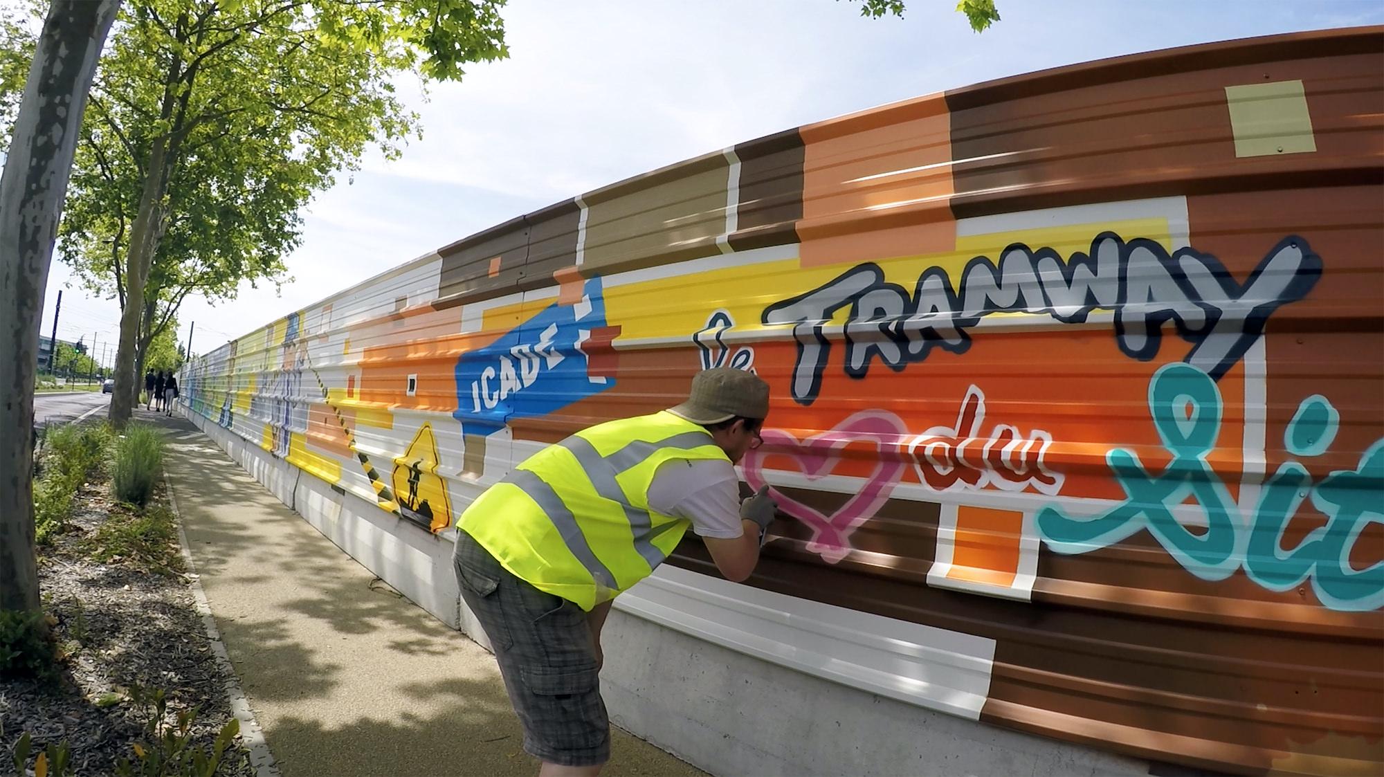 palissade chantier graffiti fresque travaux toulouse graffeur halltimes